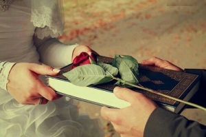 muslim couple, rights and obligations, quran, love, rose, flower, marriage